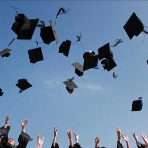 Graduation caps cover